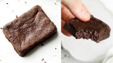 1 Minute Keto Brownies   The BEST EASY Low Carb Keto Brownie Recipe