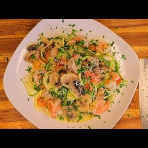 Shrimp and Zoodles – Keto Friendly  – healthy zucchini recipes