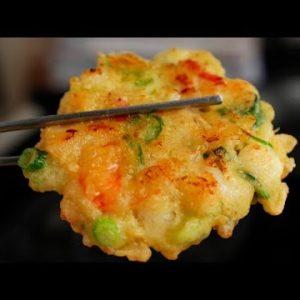 Seafood Pancakes (Haemul-jeon: 해물전)