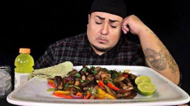 What Keto Is Doing To Me…   Steak Fajitas + Low Carb Tortillas