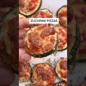 The BEST KETO Pizza Recipe 🍕